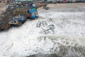 Hurricane_Sandy_New_Jersey_Pier